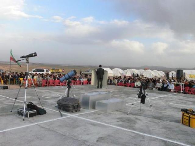 کویر سه قلعه؛ بهشت منجمان ایران است.